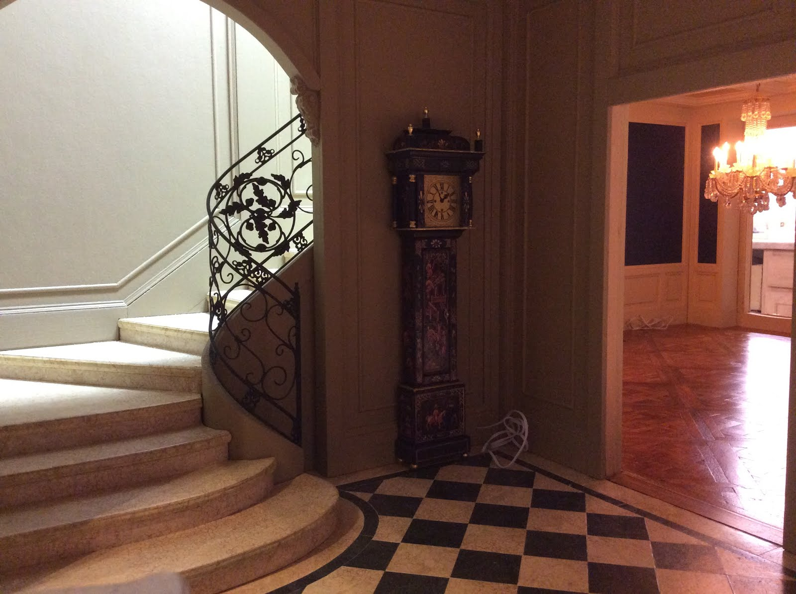 Windward Stair Hall
