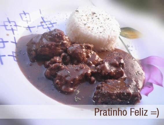 Pratinho feliz da Paula: Picadão de Carne Delicioso e Fácil Cozinha do Quintal