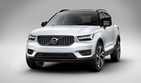 2018 Volvo XC40 white hd image