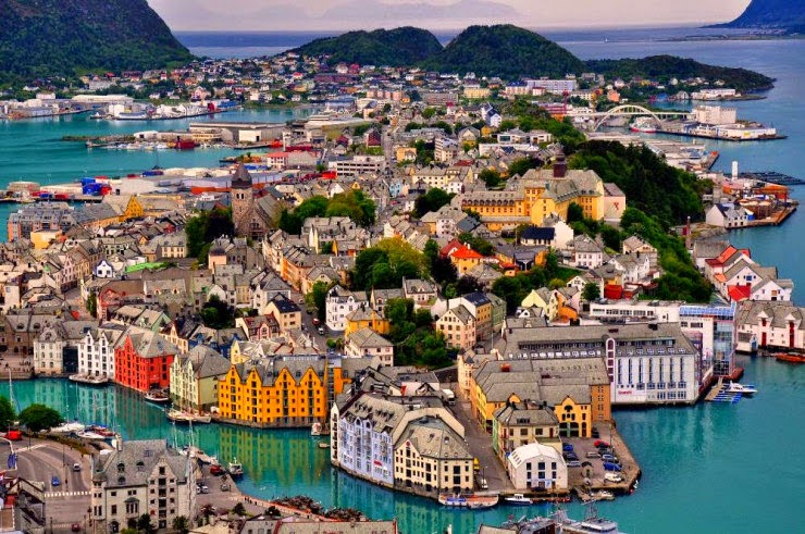 19. Alesund, Norway - 30 Best and Most Breathtaking Cityscapes