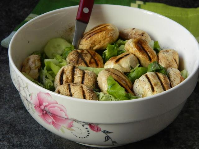 Salata de ciuperci la gratar