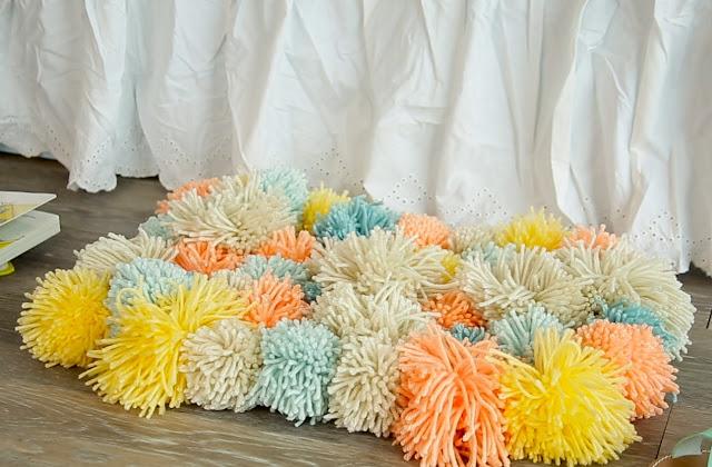 pom pom rug, diy home decor, diy projects, do it yourself projects, diy, diy crafts, diy craft ideas, diy home, diy decor
