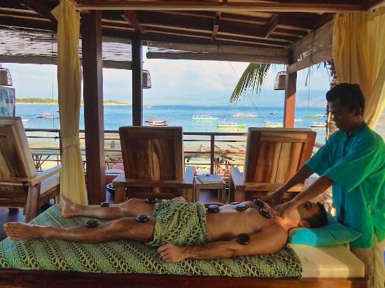 erotische man man massage hot escort