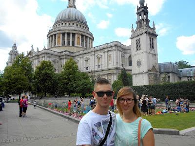 http://www.zakochaniwpodrozy.eu/2015/07/katedra-sw-pawa-i-regents-park-w.html