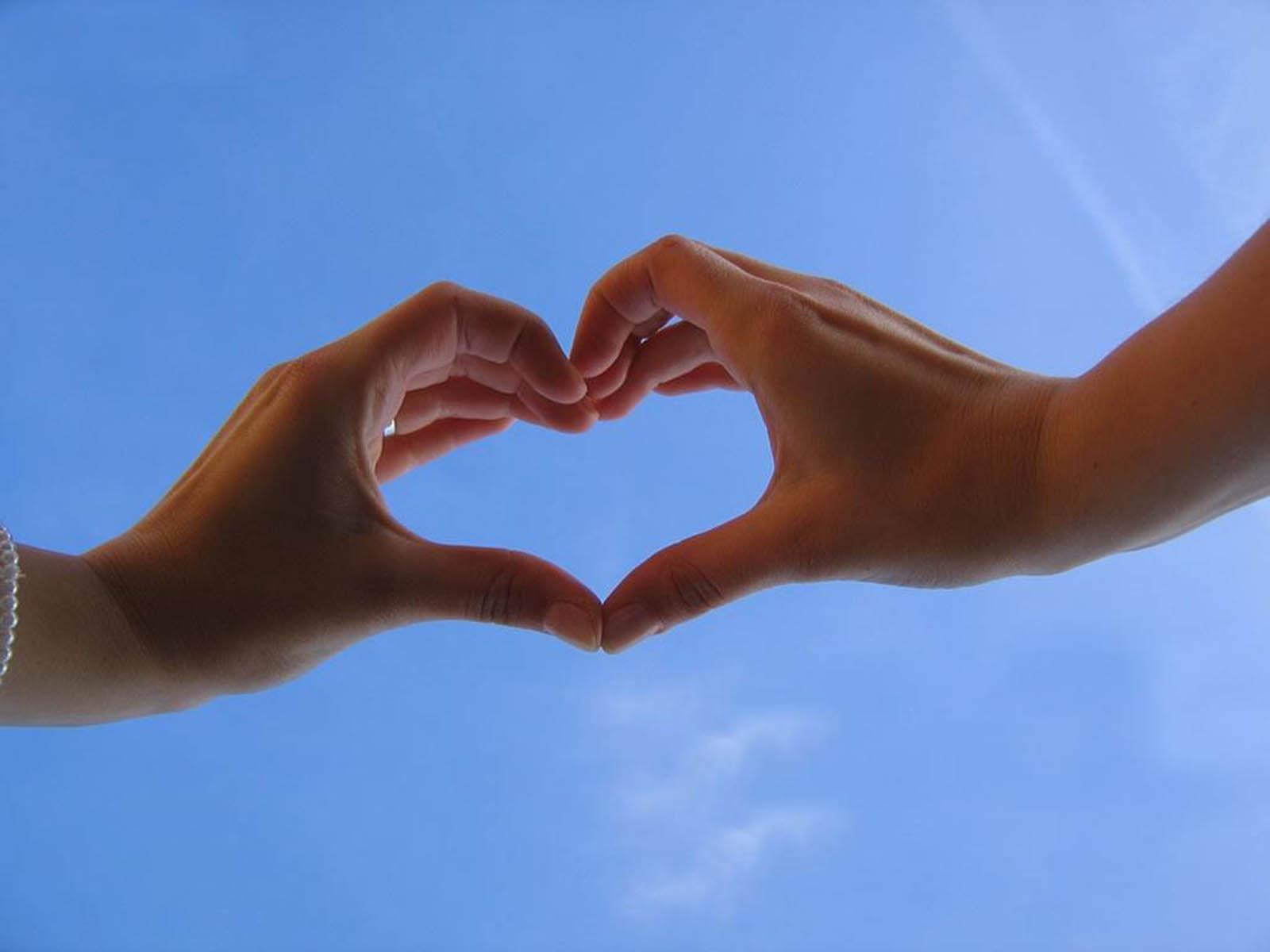 Girl Boy Love Heart Hand Wallpapers HD New HD Wallpapers ...  Hand Cut Love Wallpaper
