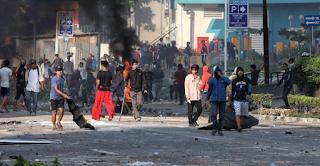 """Kesel, Emang Harus Segitunya Banget Apa? Ayo Damai! Ini Harapan Warga Lihat Kerusuhan Massa di Jakarta"