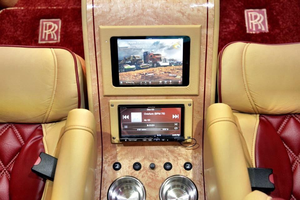 Tyrese Gibson S Quot Rolls Royce Quot Sprinter Van