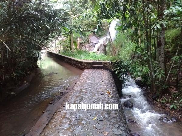 Air Terjun Seseran di Desa Bebetin