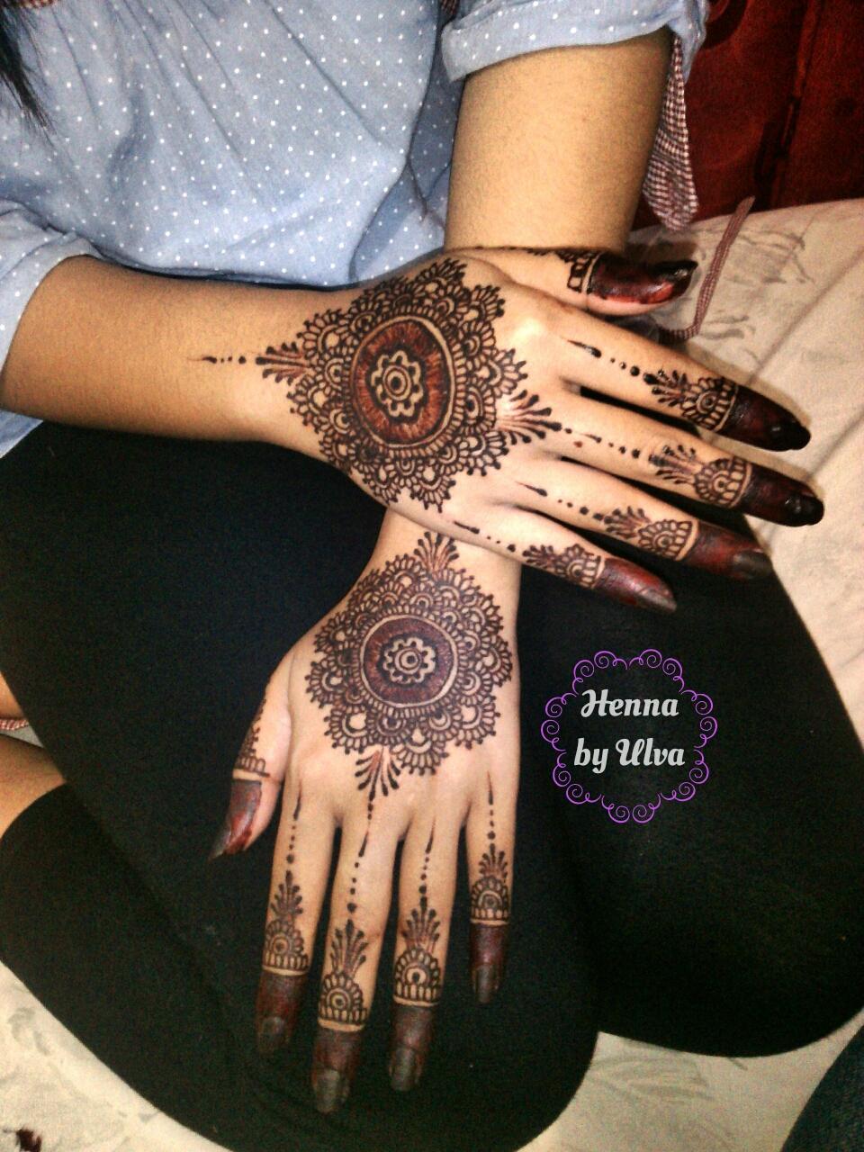 Sistem Infromasi Henna Berbasis Web Pada Alv Henna Pengertian Henna