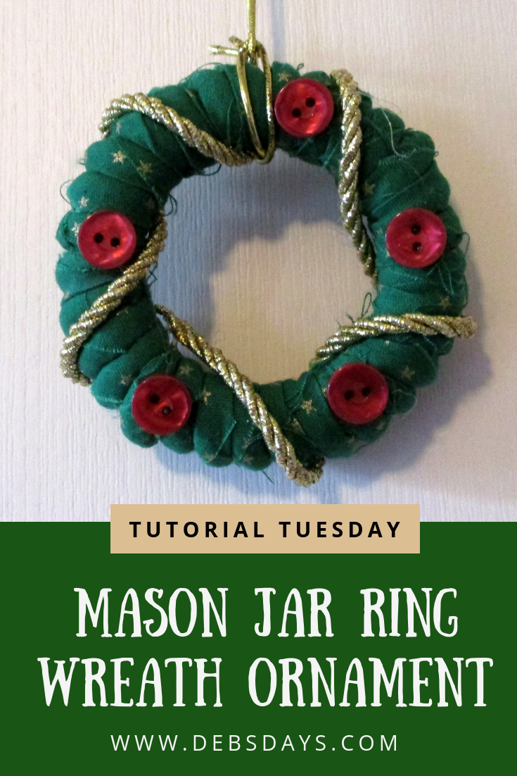 Debs Days: Tutorial Tuesday - How to Make a No-Sew Wreath Christmas ...
