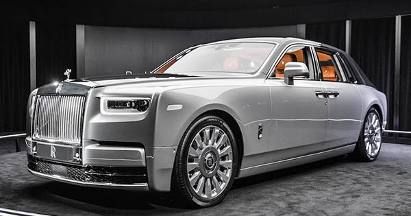 Burlappcar: Just a couple more pix of the new Rolls Royce ...