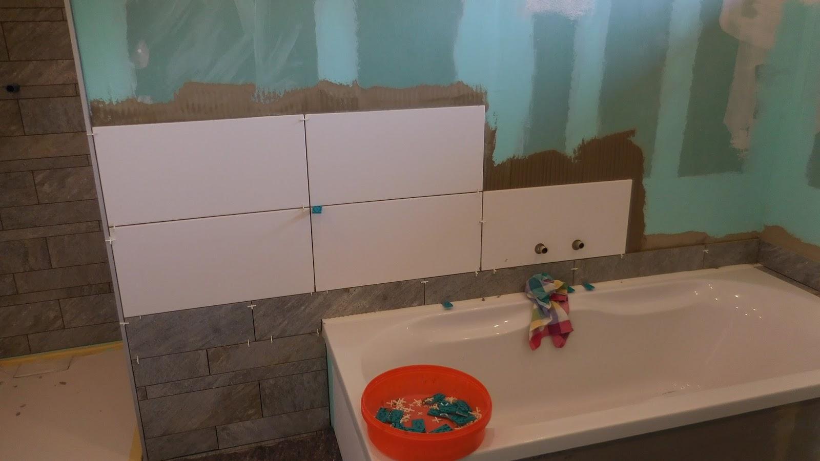 schroli s baublog im bad geht s weiter. Black Bedroom Furniture Sets. Home Design Ideas