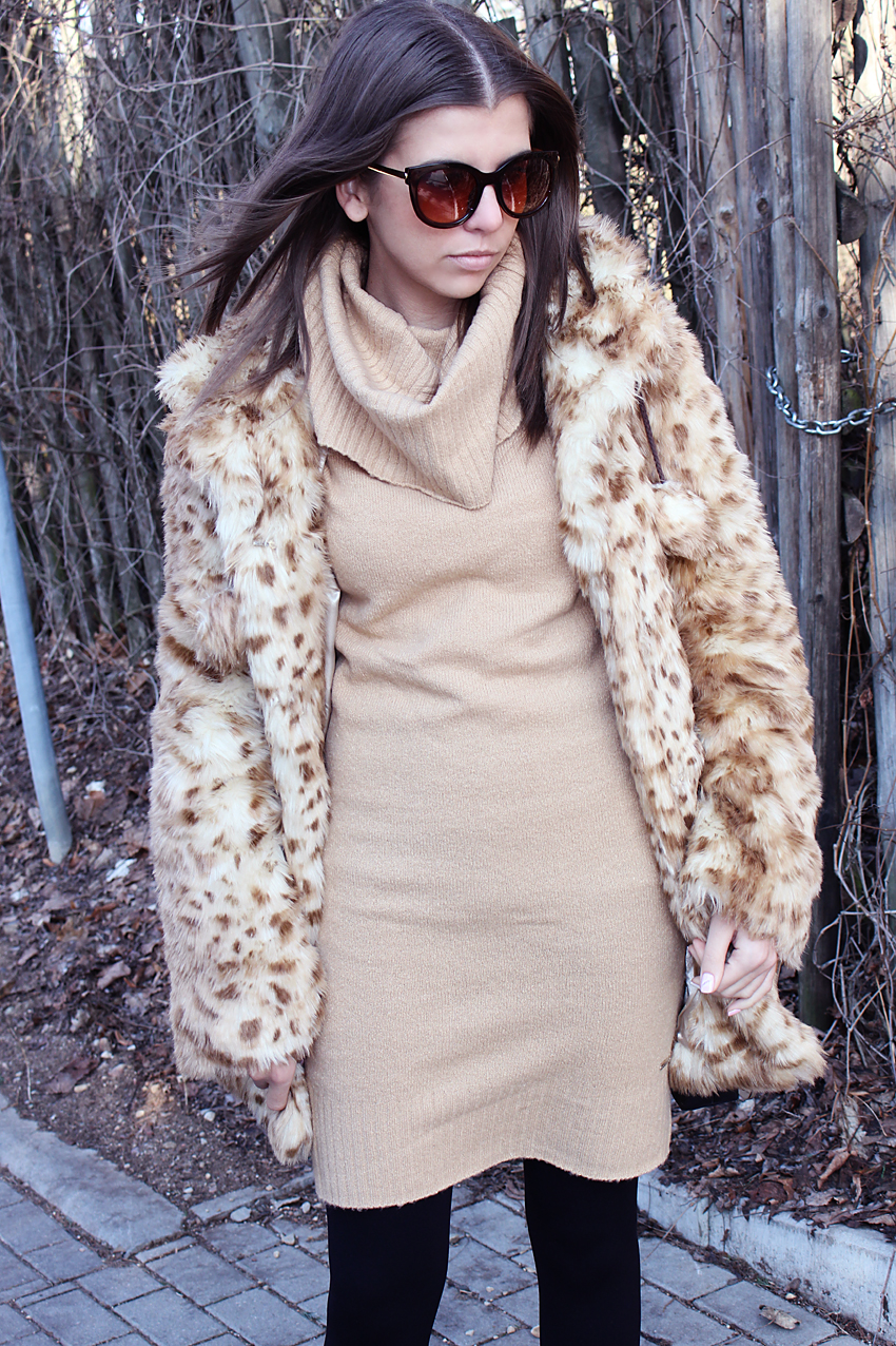 LEOPARD FUR AND LONG SWEATER