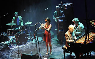La trompetista Andrea Motis aterriza en Granada / stereojazz