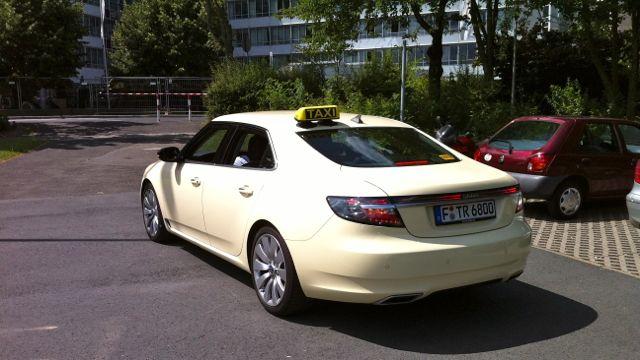 saablog in le blog saab saab 9 5 taxi spoted in frankfurt. Black Bedroom Furniture Sets. Home Design Ideas