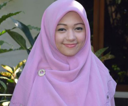 Hasil gambar untuk Hafiza Elfira Novitarini
