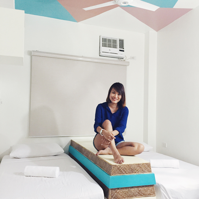 woman transforms cubicle into holiday themed log cabin.htm boracay 2016 flight  accommodation   5 day activities for p9000  boracay 2016 flight  accommodation   5