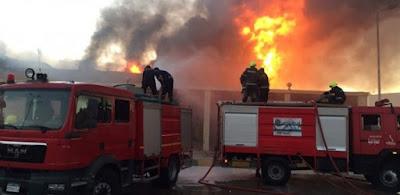 عــاجــل بالفيديو.. شاب ينقذ أسرة بينهم 3 أطفال في حريق شقة بالزاوية الحمراء
