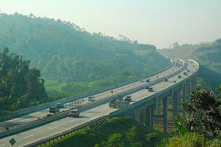 Jalan Raya Paling Berhantu dan Angker Di Pulau Jawa