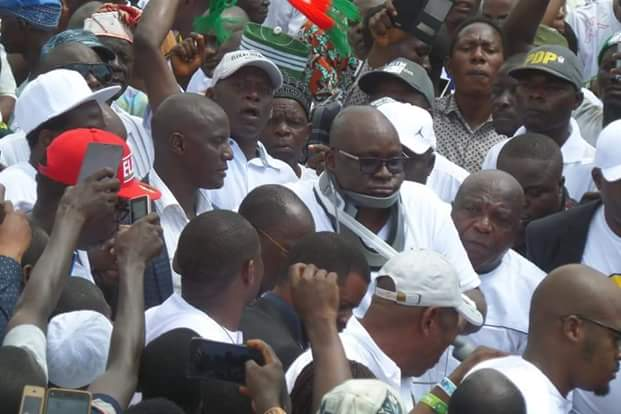 """Photos of """"Injured"""" Governor Fayose addressing Ekiti people at the Government House  Photos:""""Injured"""" Governor Fayose addresses Ekiti people at the Government House FB IMG 1531322519558"""
