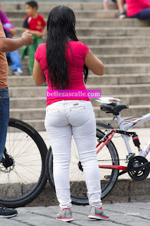 guapa-chica-mexicana-jeans