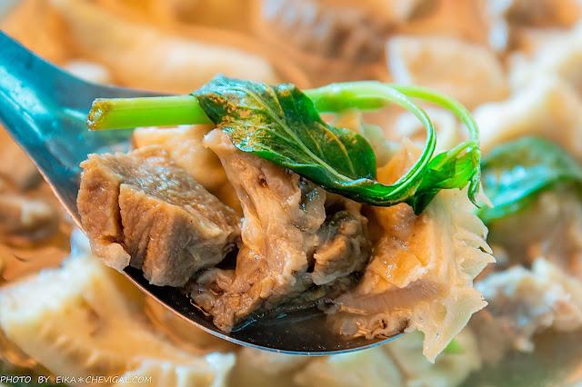 MG 0003 - 張家晉牛雜,人氣必吃牛肉麵與牛雜麵,滿滿牛雜份量大方幾乎看不到底下的麵!