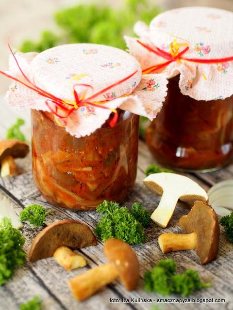 bagniaki, miodowki, jakubki, grzyby po cygansku, grzyby po kaszubsku, grzyby duszone, grzyby w pomidorach, przetwory