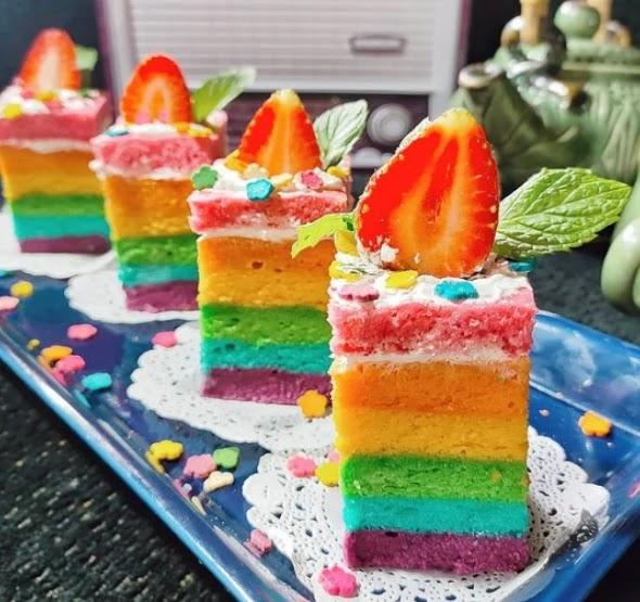 Resep Bolu Pelangi Kukus (Rainbow Cake) Sederhana, Anti Gagal.