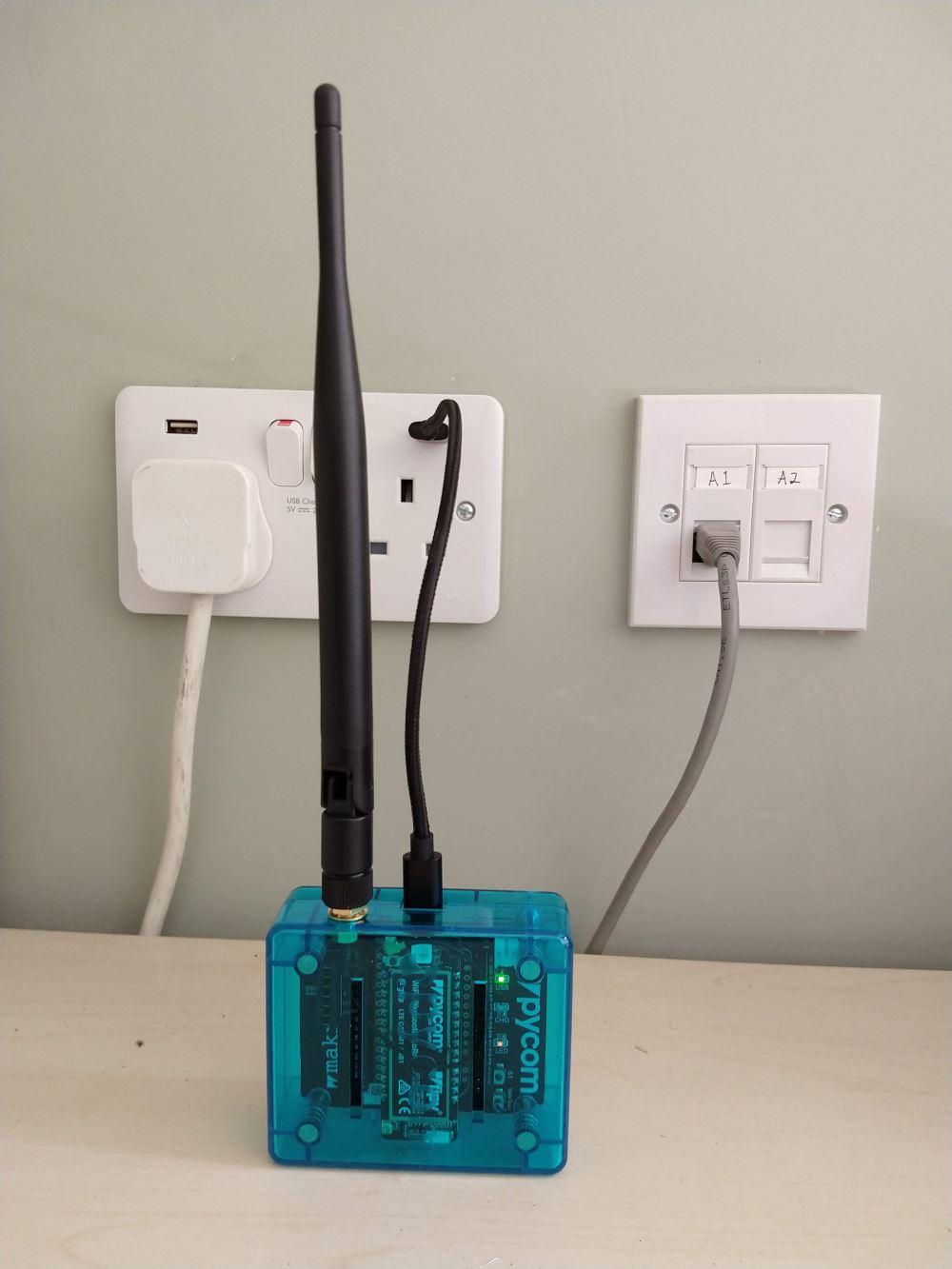 ESP32 LoRa node <--> Single Channel LoRaWAN <--> TTN   SeanD
