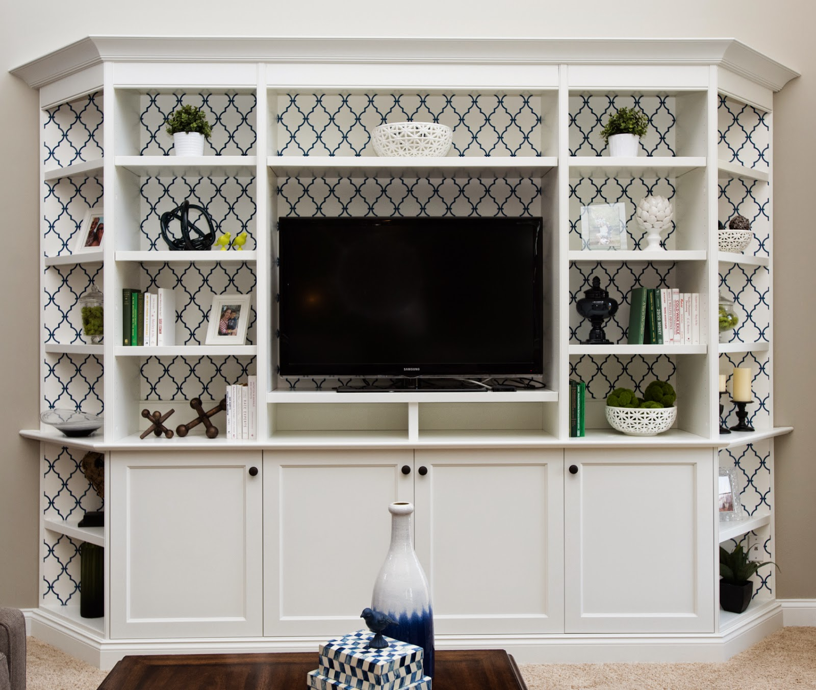 Built-in Bookcase Makeover And Tips