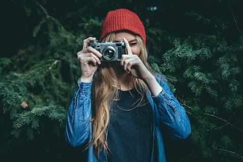 Girl with camera style vintage