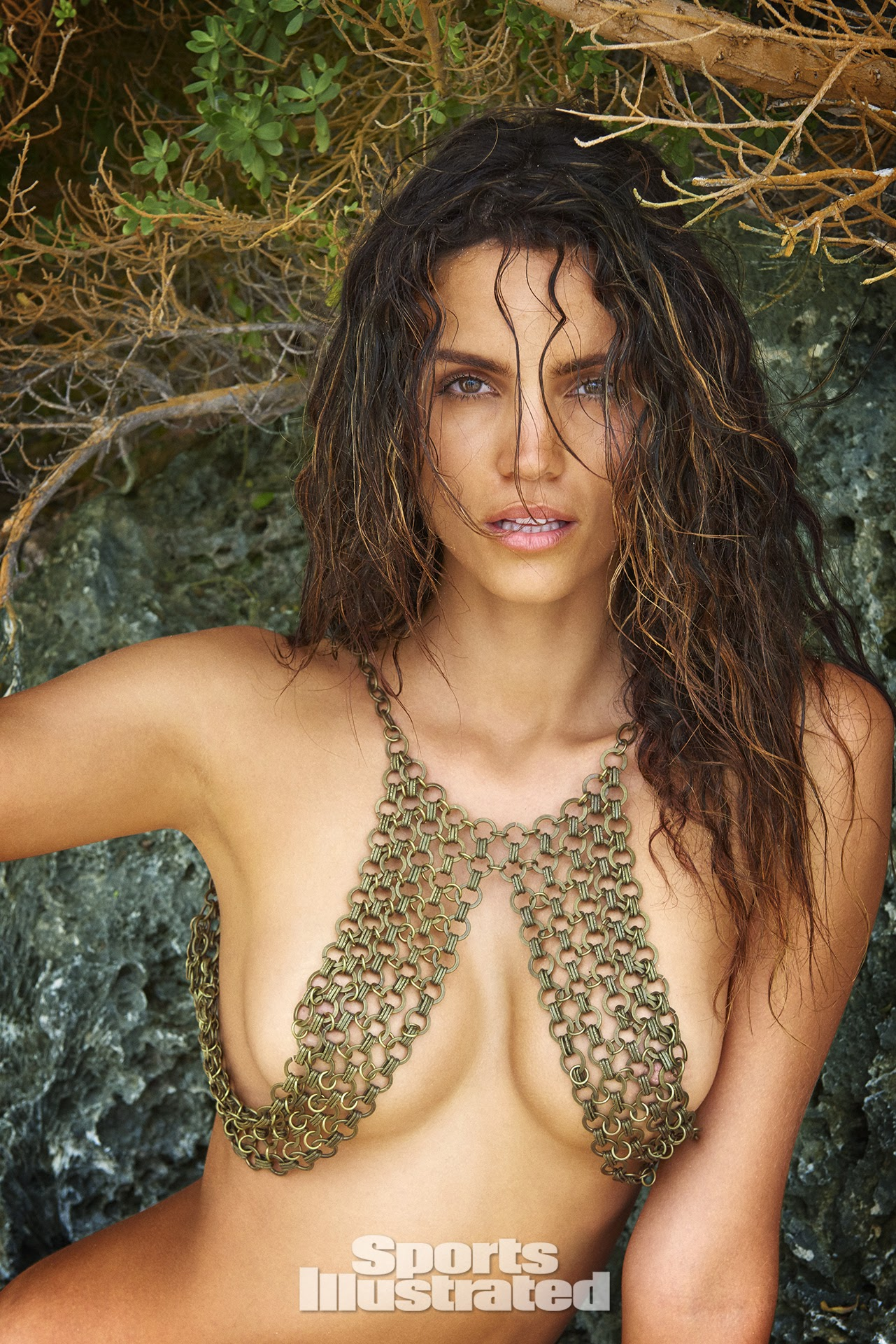 Sofia Vergara: Sofia Vergara cleavage pics