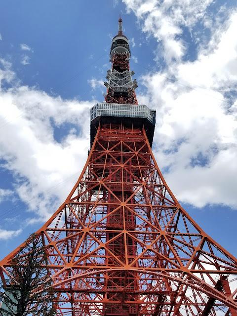 東京タワ,Torre de Tokio, Tokyo Tower, Tokio, Tokyo, Japón, Japan, Visit Japan, Parque Shiba, Hamamatsucho, Yamanote, Mirador, Observatorio, Hanami, Cerezos, Elisa N, Blog de Viajes, Lifestyle, Travel