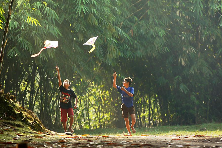 Masa Kecil Bersama Layang Layang Desa Bercerita