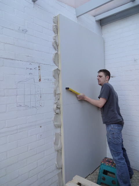 dot and dabbing thick plasterboard