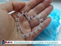 come fare un cuore riciclando delle spirali di alluminio
