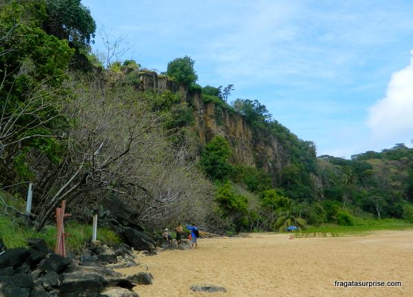 Falésia da Baía do Sancho - Fernando de Noronha
