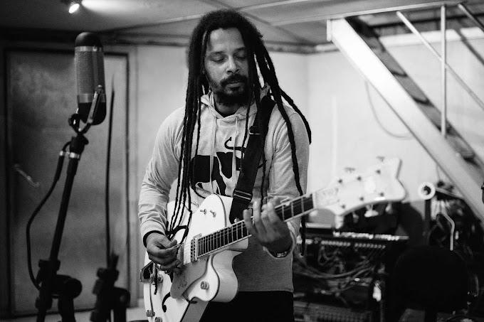 Marcelo Falcão se prepara para lançar álbum solo