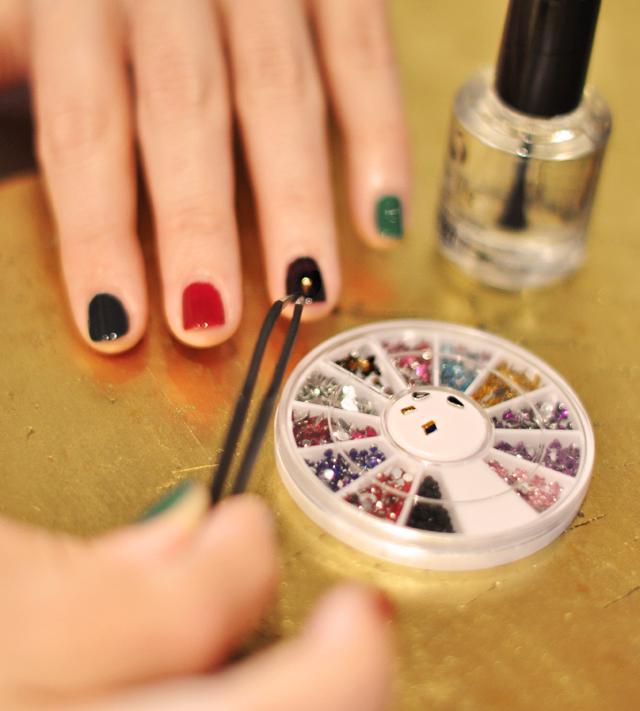 bejeweled nails, jewel tone manicure