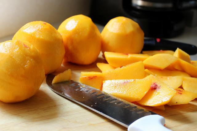 pealed peaches