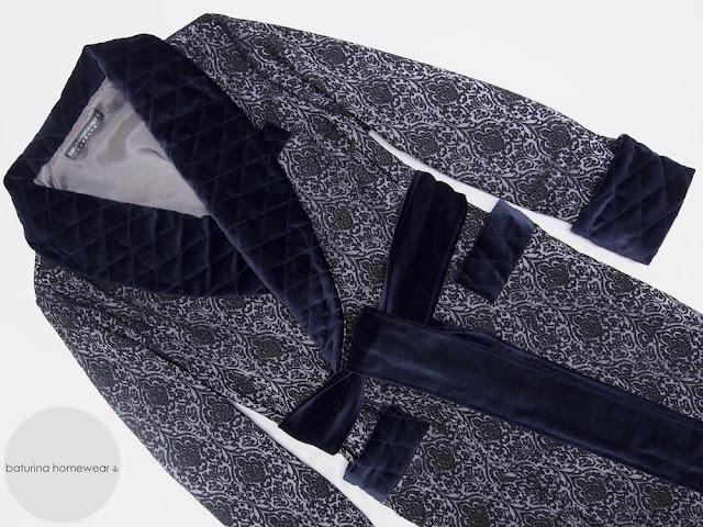 englischer herren hausmantel luxus elegant dunkelblau morgenmantel warm lang gefüttert gesteppt für männer
