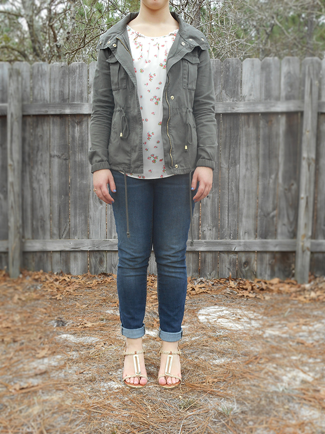 2 Bright Ways to Wear a Military Jacket for Spring floral top wedges skinny jeans