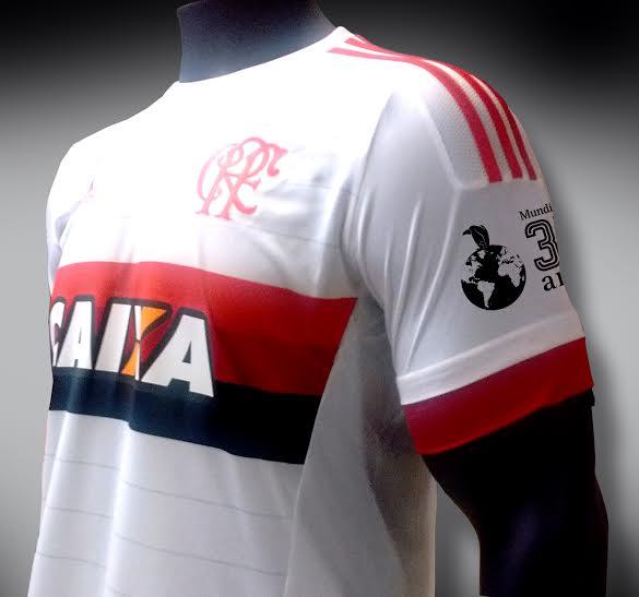 3523169802c5c Apenas membros do programa rubro-negro poderão comprar uniforme com selo do  Mundial de 1981
