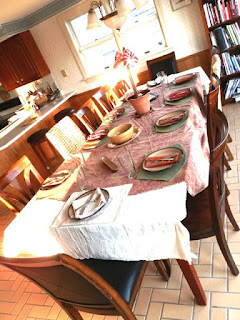 Extending Your Dining Table for the Holidays