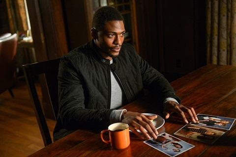 Damien Asante plays Former FBI Agent Justin Cornwell in The Inbetween