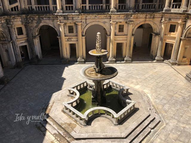 Convento de Cristo de Tomar Fuente del Gran Claustro
