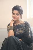 actress shravya new glam pics-thumbnail-3