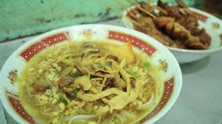 Kuliner Indonesia - Soto Ayam Kampung Pak Dalbe