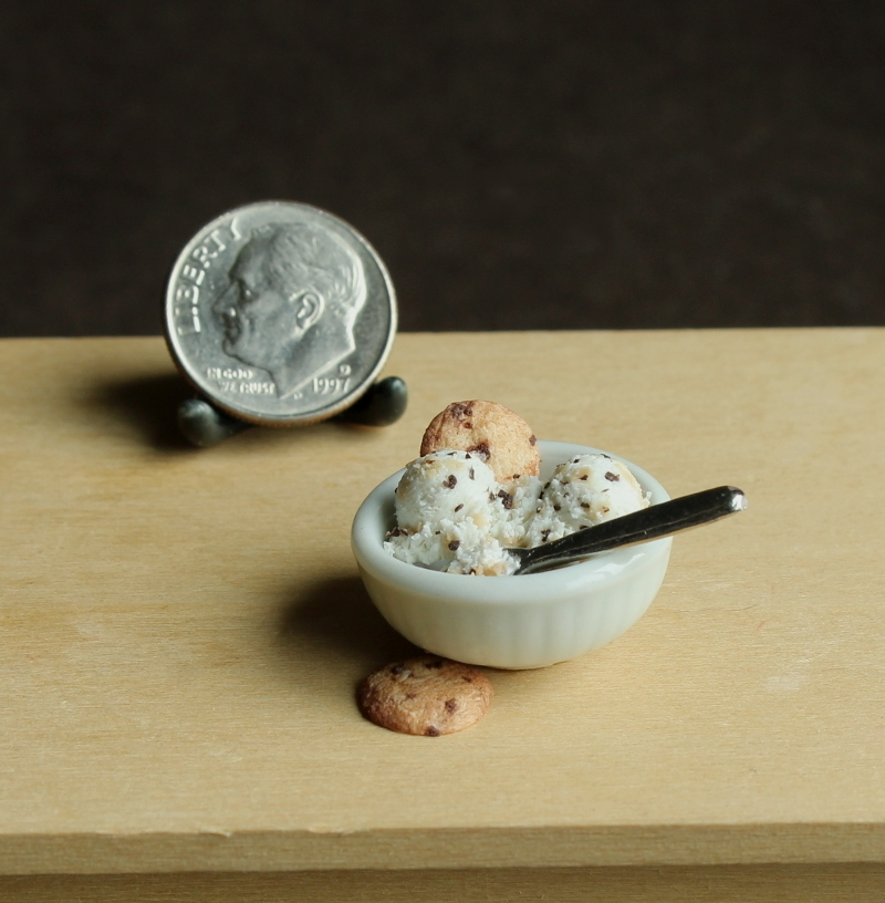 09-Cookie-Dough-Ice-cream-Kim-Clough-fairchildart-Dolls-House-Miniature-Clay-Food-Art-www-designstack-co