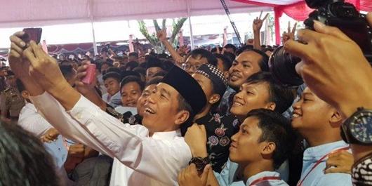 80 Persen Milenial Muhammadiyah Mendukung Jokowi-Ma'ruf